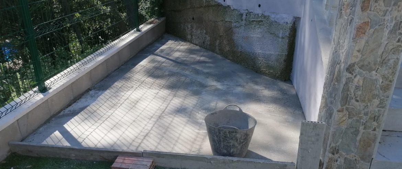 Строительство курятника в Барселоне